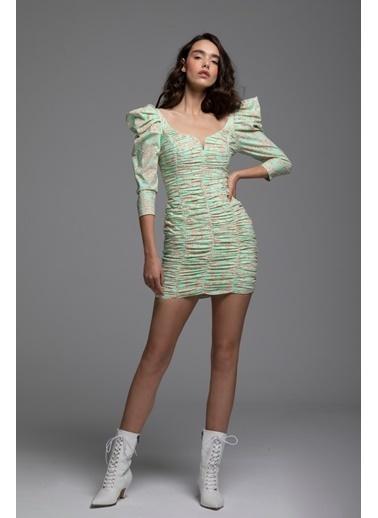 Tuba Ergin Omuz Detaylı Baskılı Mini Free Elbise Yeşil